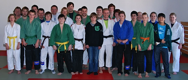 Trainingsgruppe mit Sabrina Filzmoser