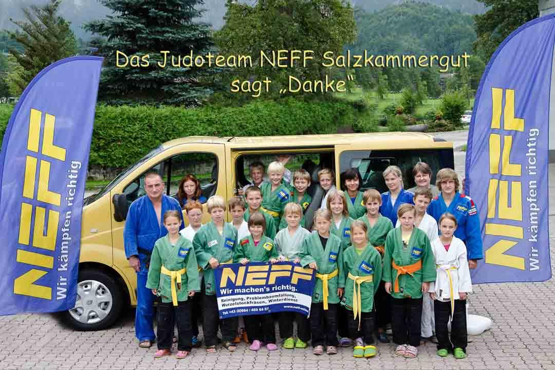 Bus_Neff_Web.jpg